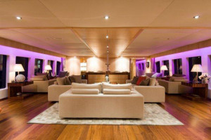 luxury boat hire sydney harbour